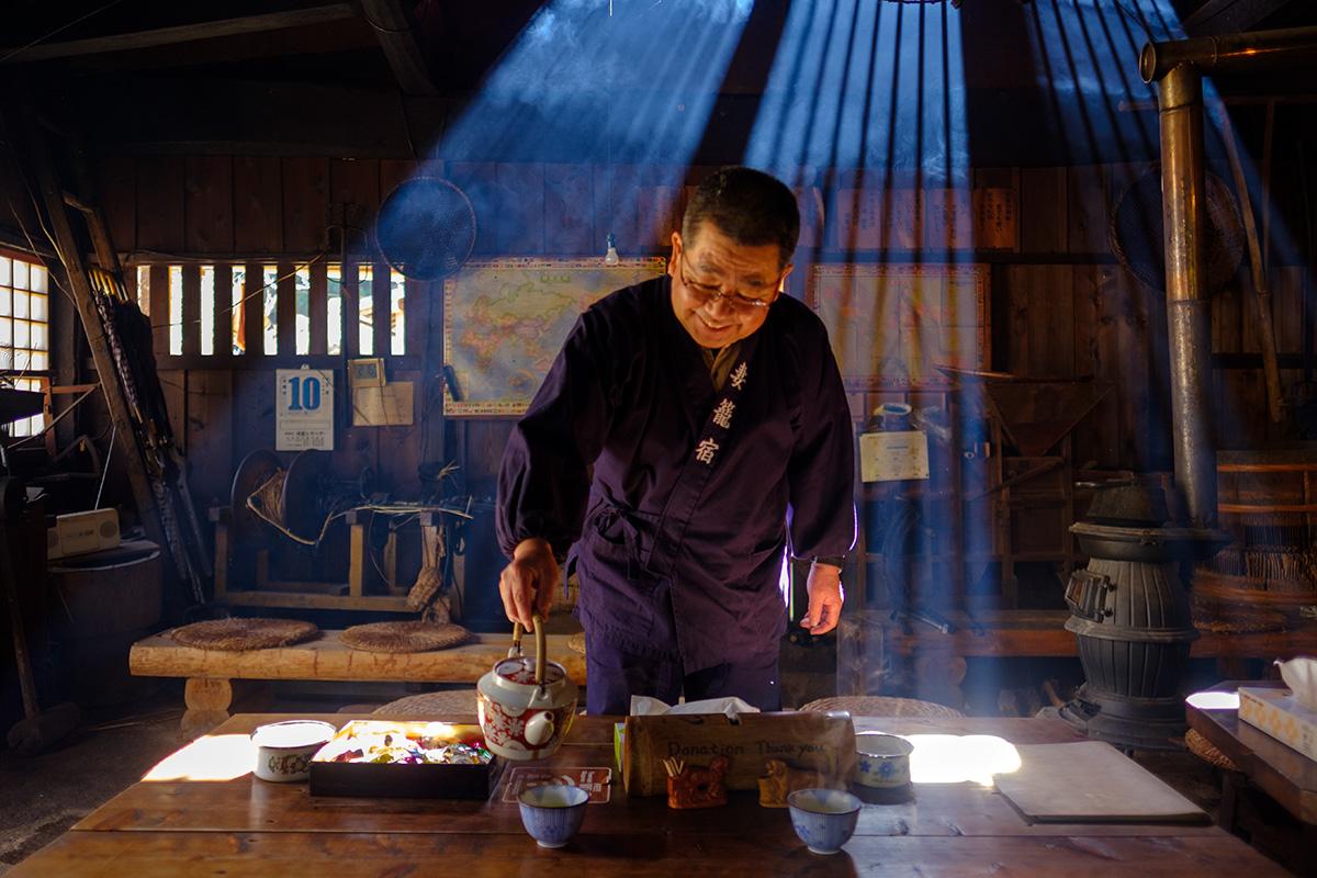 Books about Japan - Nakasendo tea house