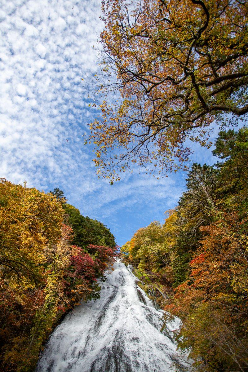 Fall in Japan - Best Locations, Yutaki Waterfall
