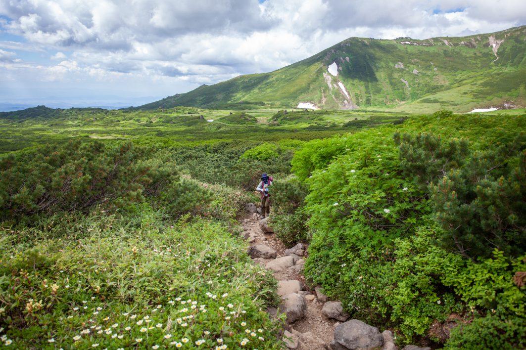 Naka Dake Onsen Loop Hike in Daisetsuzan National Park
